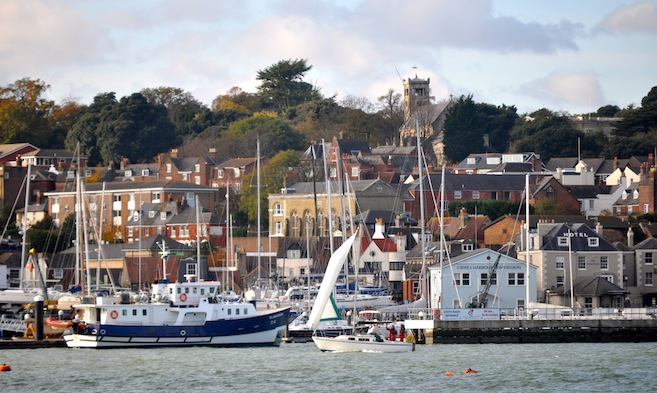 Cowes Harbour Commission FAQs