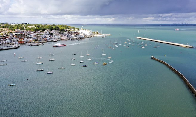 Cowes Harbour Advisory Committee