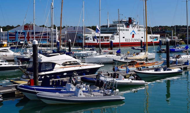 Berthing and Facilities in Cowes Harbour