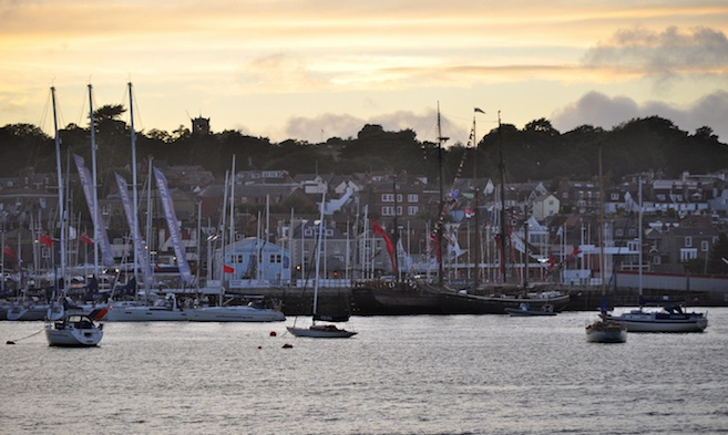 Cowes Harbour General Directions