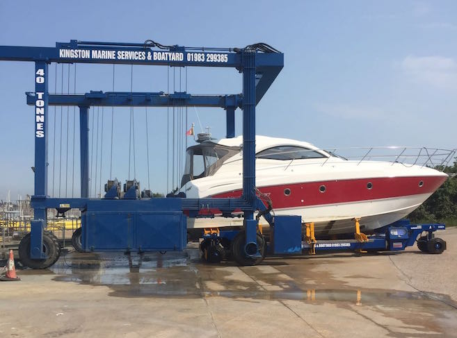 Transfer from hoist to boat mover