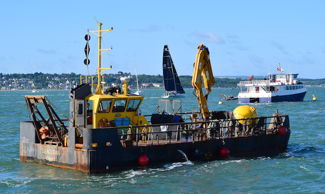Vessels for hire from Kingston Marine Services in East Cowes