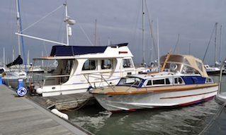 Winter boat care and winter boat watch at Shepards Wharf