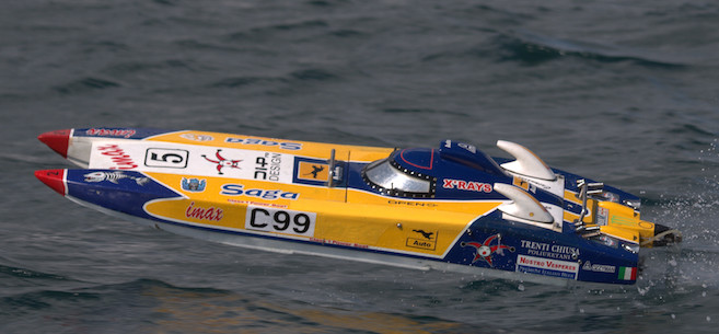 Cowes Offshore Model Powerboat Racing